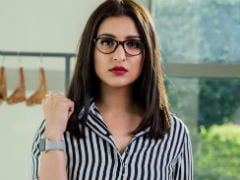 Parineeti Chopra's Corporate Swag Is On Point In <I>Sandeep Aur Pinky Faraar</i> First Look