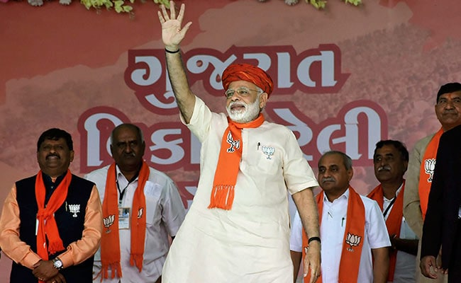 Gujarat Elections 2017: After 'Good News' From Uttar Pradesh, PM Modi Back In Gujarat: 10 Facts
