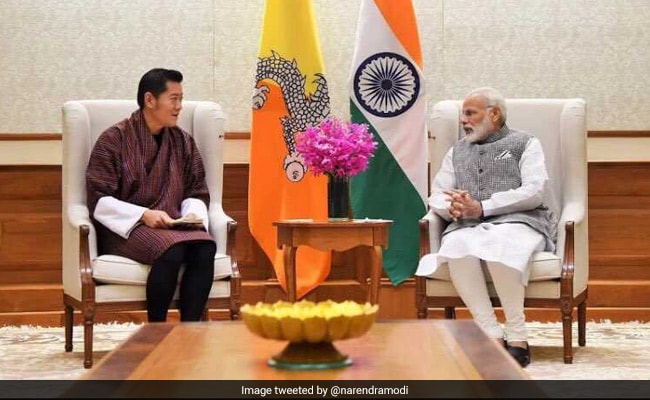 pm modi with bhutan king