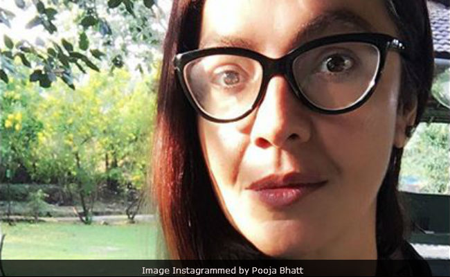 Pooja Bhatt Posts Warning About Fake Instagram Account