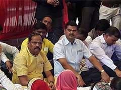 झारखंड के मुख्यमंत्री रघुबर दास अचानक पहुंचे गांव...