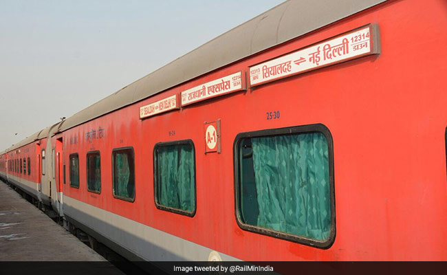 Super-Fast AC Rajdhani From Mumbai To Delhi Trips Extended For One Month