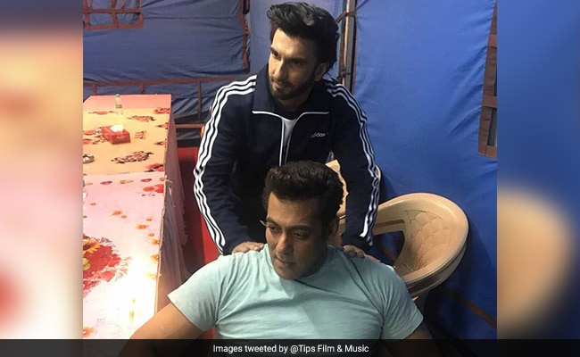 Why Ranveer Singh Gave Salman Khan A Shoulder Rub On Race 3 Sets