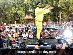 "Atop Car And With Police Protection, Ranveer Singh Takes ""<i>Padmavati</i>"" Question"