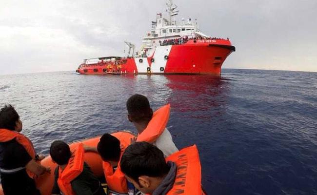 भूमध्य सागर को पार करने के दौरान 50 से ज्यादा प्रवासियों की मौत