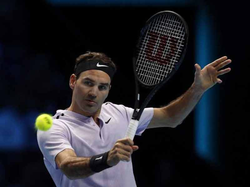 Roger Federer Beats Alexander Zverev to Reach Last Four at ATP Finals