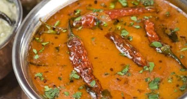 10 delectable south indian recipes in hindi ndtv food mixed lentils with drumsticks coconut tamarind and spices arachu vitta is a perfect vegetarian recipe in hindi this sambar recipe is made with urad dal forumfinder Image collections