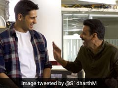 Trending: This Pic Sidharth Malhotra And Manoj Bajpayee From Sets Of <i>Aiyaary</i>