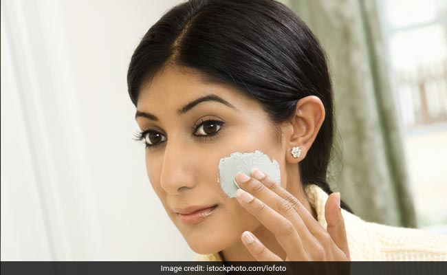 Monsoon Skin Care Tips: How To Take Care Of Your Skin This Rainy Season