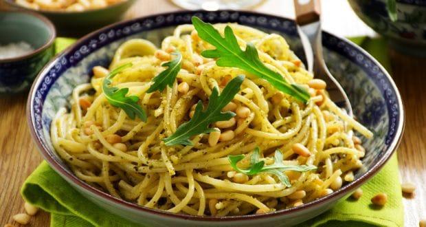 स्पैगेटी इन पेस्तो सॉस