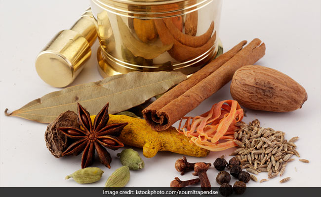 Flu Season: Keep These Herbs and Spices Handy to Protect Yourself