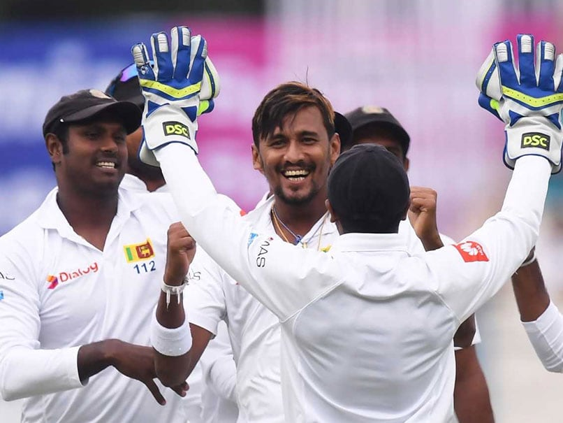 Highlights, India vs Sri Lanka, 1st Test, Day 1: Bad Light Stops Play, India In Trouble