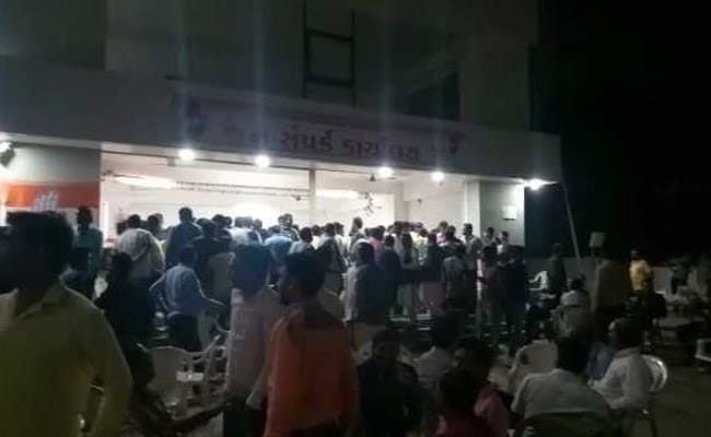 Hardik Patel's Workers Attack Gujarat Congress Offices After Reported Pact