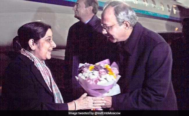 India's ambassador to Russia Pankaj Saran received Sushma Swaraj at Sochi ahead of the SCO summit