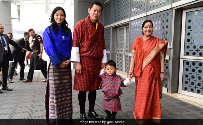 sushma swaraj with bhutans royal family
