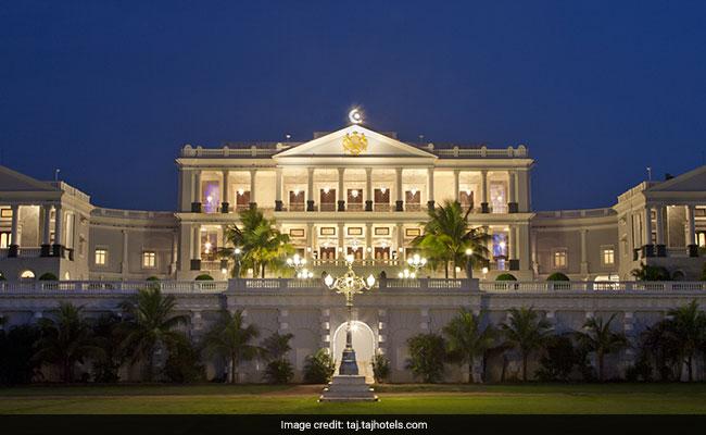 PM Modi and Ivanka Trump Dine Like Royalty At The Nizam?s 101 Dining Table