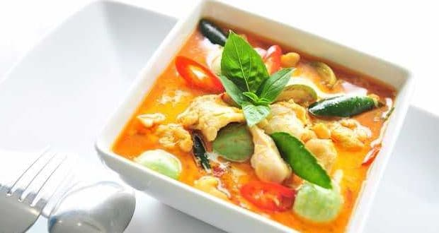 Red or Green Thai Curry? All You Have To Know About The Two Before
