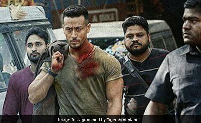 Tiger Shroff S First Look From Baaghi 2 Is High On Heropanti