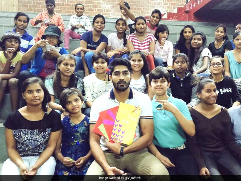 Children's Day: Vijender Singh, Harbhajan Singh Among Sportspersons To Celebrate The Day
