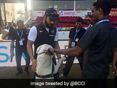 India vs Sri Lanka, 2nd Test Day 2: Virat Kohli's Pre-Match Routine Has Fans 'Awwing'
