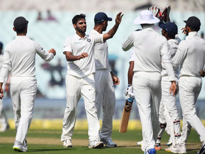 India vs Sri Lanka, 1st Test: Umesh Yadav, Bhuvneshwar Kumar Peg Back Visitors