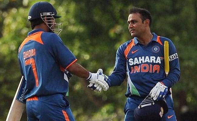 IND vs NZ: एमएस धोनी को वीरेंद्र सहवाग ने दी सलाह, 'शुरुआत से ही गेंद को पीटना शुरू करें'