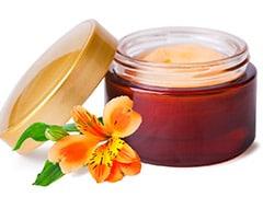 Winter Skincare Tips: सर्दियों में इन घरेलू नुस्खों से स्किन पर आएगा ग्लो और चमक! सभी पूछेंगे राज