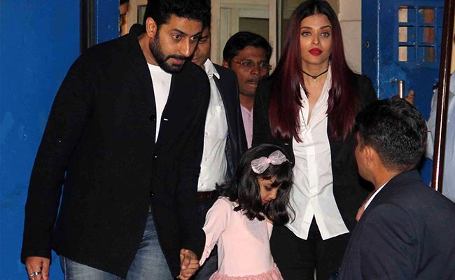 आराध्या के Annual Day पर मौजूद रहा पूरा बच्चन परिवार, नहीं पहुंचे दादा अमिताभ