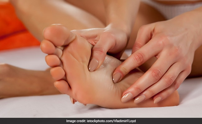 Top 10 Acupressure Points For Pain Relief