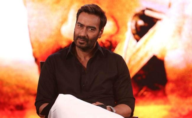 फिल्म प्रोडक्शन के बाद अब बाबा रामदेव पर टीवी शो बनाएंगे अजय देवगन