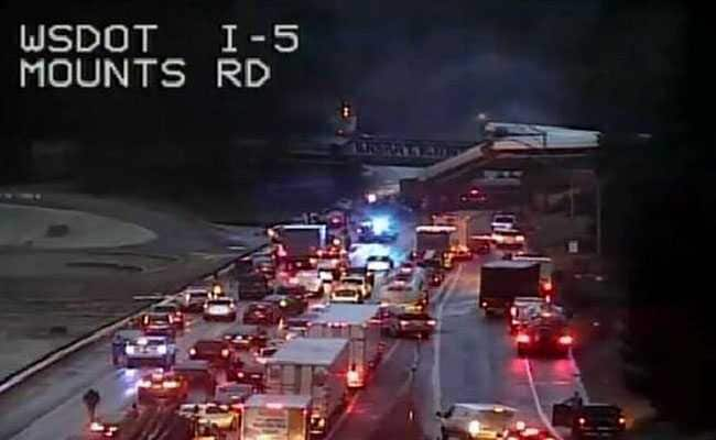 Train Derails On Highway Bridge In Washington State, Several Killed