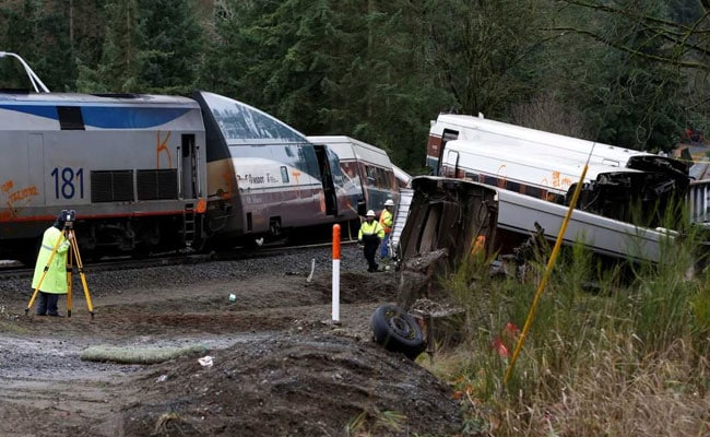Amtrak Train Was Doing 128 Kmph In A 48 Zone When Derailed
