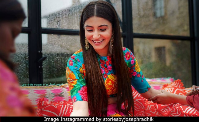 New Bride Anushka Sharma Returns To Twitter With So Many 'Thank You' Posts