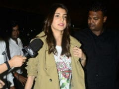 Anushka Sharma Flies To Italy. Will She Come Back Married To Virat Kohli?