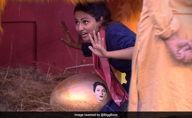Bigg Boss 11, Written Update, December 19: Hina Khan's Golden Egg Of Captaincy