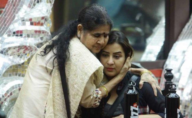 शिल्पा की मां ने घरवालों को दिया 'इमोशनल मैसेज', पुनीश-अर्शी के पिता भी लेंगे एंट्री!