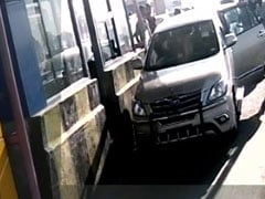 Woman MLA Allegedly 'Abuses' Toll Plaza Staff; Video Goes Viral