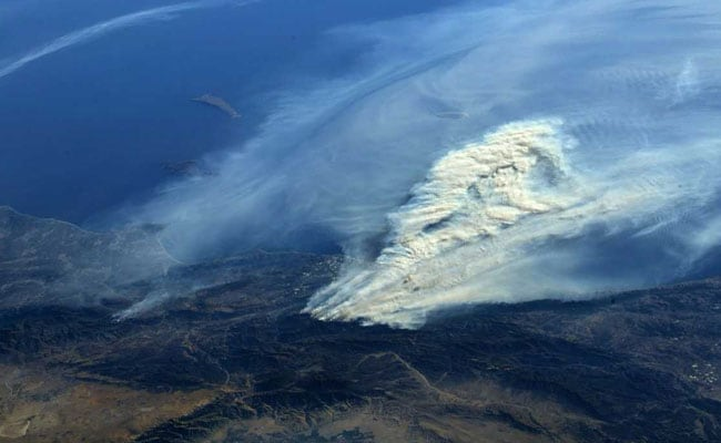 california fire 3 reuters