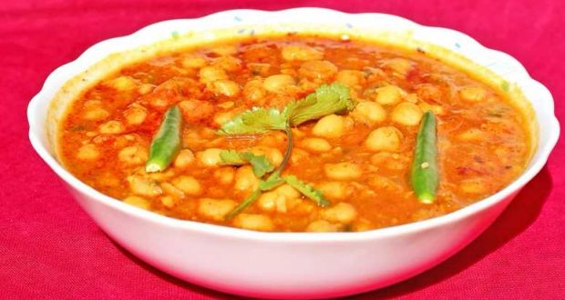 High-Protein Diet: How To Make Classic Himachali Channa Madra (Chickpea In Yogurt Gravy)