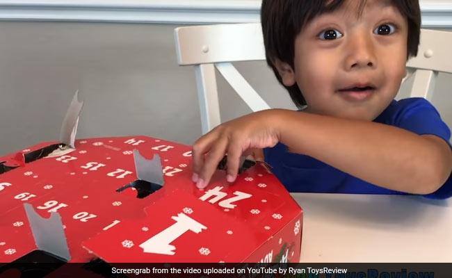 खिलौनों से खेलकर 6 साल का ये बच्चा बना करोड़पति, हर साल कमाता है 71 करोड़ों रुपये