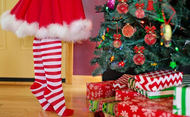 Christmas 2017 some christmas gift ideas for your loves ones merry christmas 2017 some christmas gift ideas for your loves ones negle Choice Image