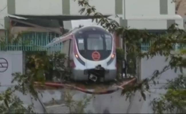 Delhi Metro Rail Corporation Suspends Officials Including Depot In-Charge For Crash