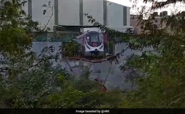Delhi Metro Magenta Line Highlights: Driverless Train Crashes During Trial Run