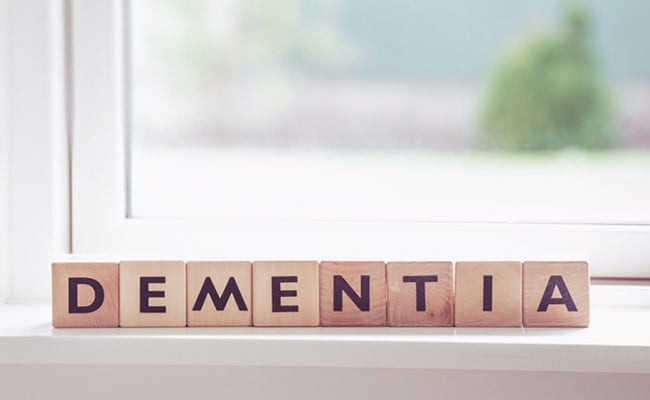 Repeating The Same Actions Can Signal An Early Onset Of Dementia: Tips To Prevent It