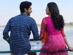 जाह्नवी कपूर की डेब्यू फिल्म 'धड़क' की शूटिंग शुरू, पहले दिन सेट पर मां के साथ पहुंचीं
