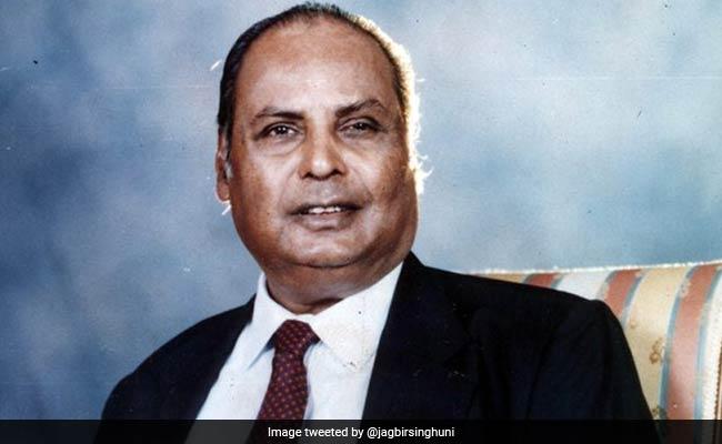 Dhirubhai Ambani: कभी चाट-पकौड़े बेचते थे Reliance Industries के मालिक