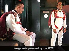 MS Dhoni Enjoys Break From Cricket By Taking A Plunge. Literally!
