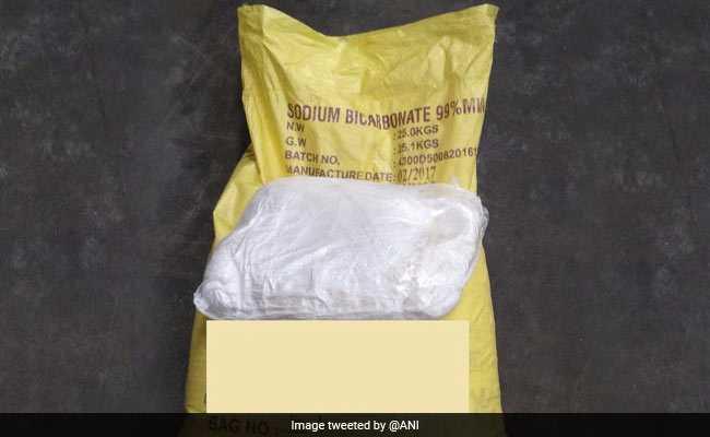 80 लाख रुपये की ड्रग्स गुजरात से मुंबई ले जा रही नाइजीरियाई महिला गिरफ्तार