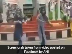 VIDEO: हिजाब पहनकर तीन लड़कियों ने किया डांस, वायरल हुआ वीडियो