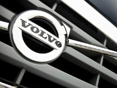 Daimler Open To Buying Small Stake In Volvo Cars